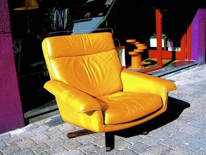 Brux-04-Mellow Yellow