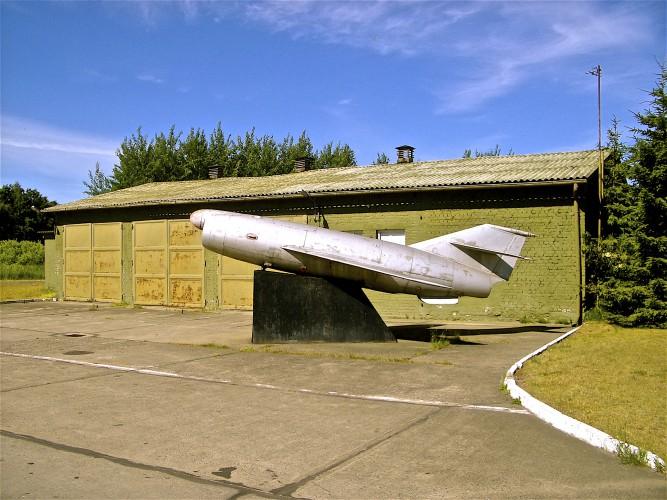 Peene-05-Stranded Plane